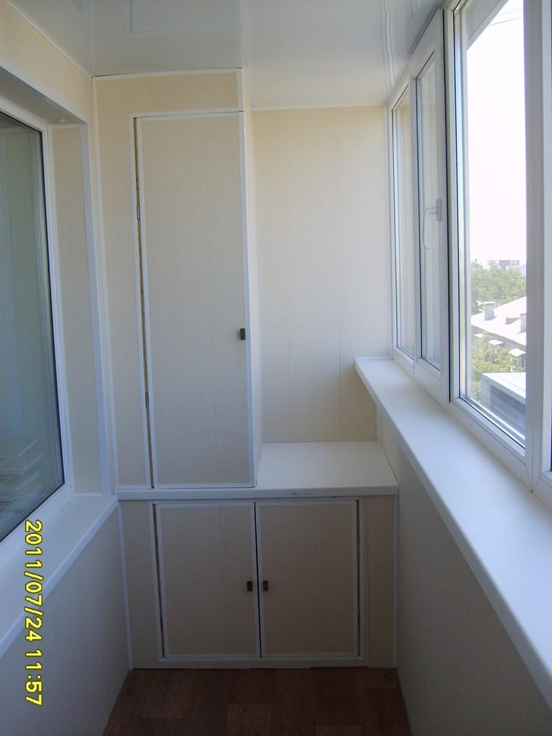 Красивые проекты вагонкой балкон с шкафами фотографии..
